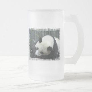 Taza de cerveza helada del oso de panda