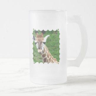 Taza de cerveza helada foto de la jirafa