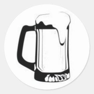 Taza de cerveza etiquetas redondas