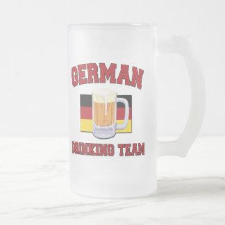Taza de consumición alemana del equipo