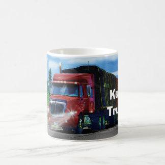 Taza de consumición del camión rojo grande del