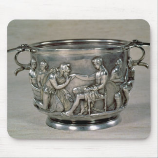 Taza de consumición romana de la plata-cerda joven alfombrilla de ratones