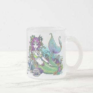 Taza de cristal escarchada del arte tropical de la