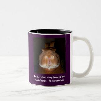 Taza de desaprobación 1 de los conejos -