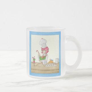 Taza de Frost del duende de la hornada del día de