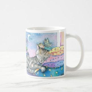 Taza de hadas del gato por Molly Harrison