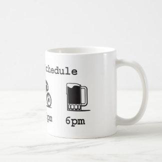 Taza de hoy del horario - café 2wheels y cerveza