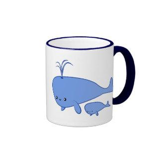 Taza de la ballena y de mamá Whale del bebé de Kaw