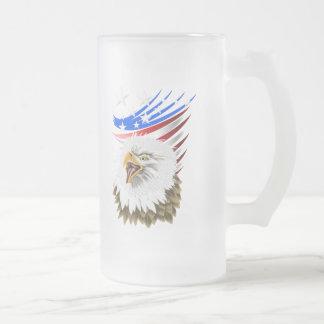 Taza de la bandera N Eagle