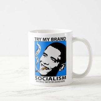 Taza de la bebida de la sátira de la política de B