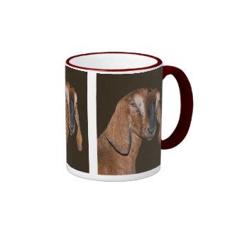 Taza de la cabra de Nubian