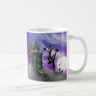 Taza de la casa encantada de Halloween