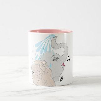 Taza de la ducha del elefante