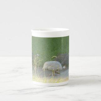 Taza de la especialidad de las aves de Guinea Taza De Porcelana