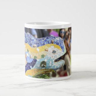 Taza de la especialidad del dragón de Guell del pa Taza Jumbo