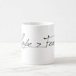 Taza de la esperanza > del miedo taza básica blanca