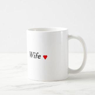 taza de la esposa con el corazón