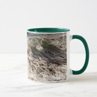 Taza de la espuma del mar