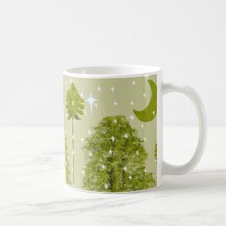 Taza de la estrella del navidad de los pinos con l