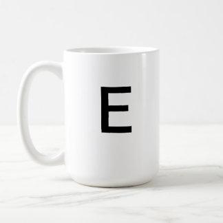 Taza de la letra E