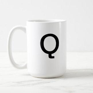 Taza de la letra Q