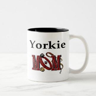 Taza de la mamá de Yorkshire Terrier