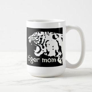 Taza de la mamá del tigre (mamá del Taekwondo)