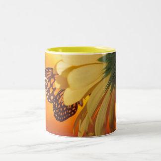 Taza de la mariposa de monarca