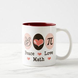 Taza de la matemáticas del amor de la paz