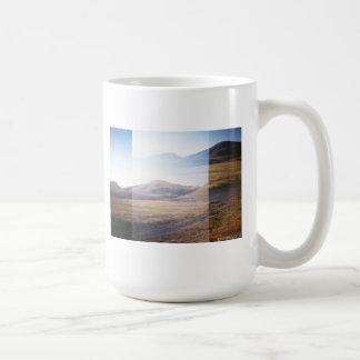 Taza de la montaña por IZZOIMAGES