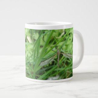 Taza de la mosca de grúa taza grande