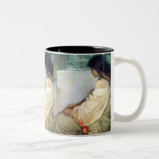 Taza de la mujer del vintage de Mucha