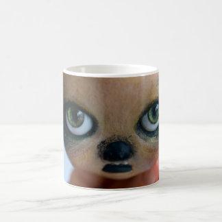 taza de la muñeca del arte