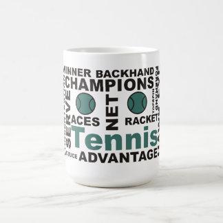 Taza de la palabra de la ventaja del tenis