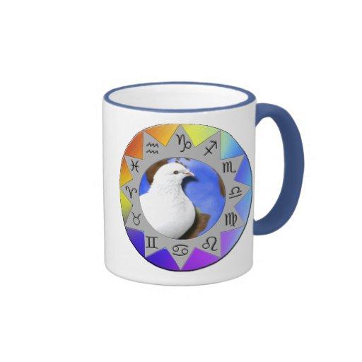 Taza de la paloma de la paz