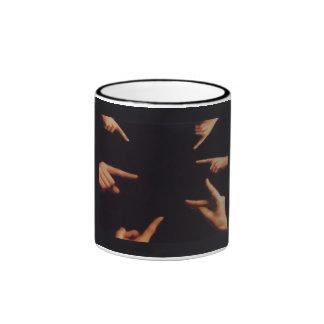 Taza de la pintura al óleo de NGSIS