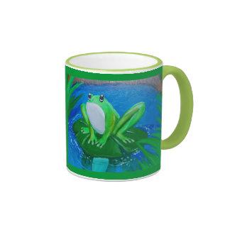 taza de la pintura de la rana