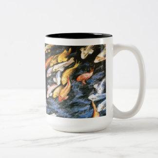 Taza de la pintura del arte del estanque de peces