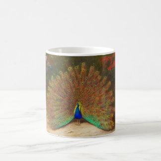 Taza de la pintura del pavo real del vintage