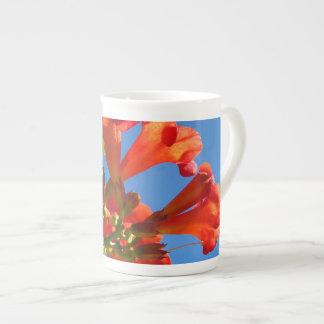 Taza de la porcelana de hueso de la vid de trompet taza de porcelana