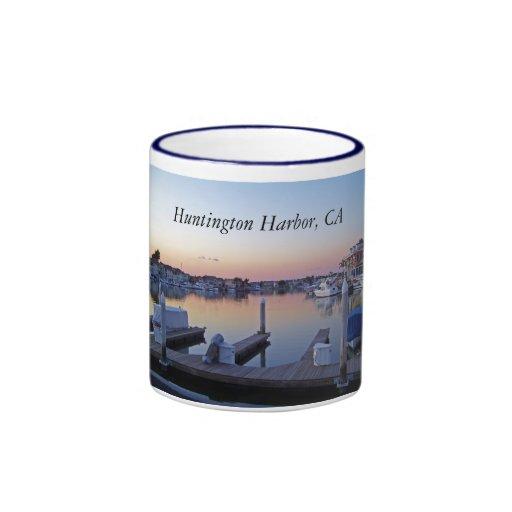 Taza de la puesta del sol del puerto de Huntington