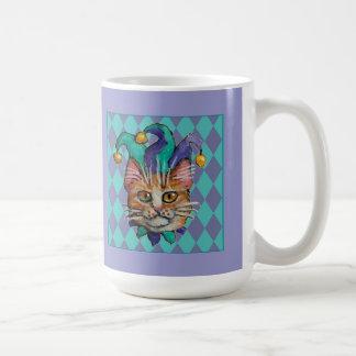 Taza de la púrpura del bufón del gato