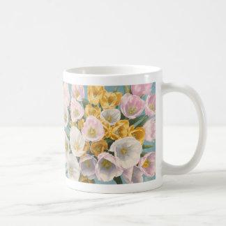 Taza de la rabieta del tulipán