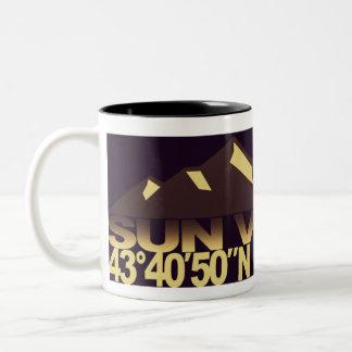 Taza de la sepia de GPS de la montaña de Sun