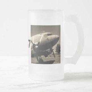 Taza de la sepia del C-47