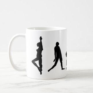 Taza de la silueta del baile de la danza