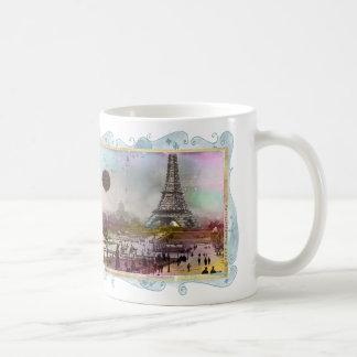 Taza de la taza del arte del collage de Eiffel del