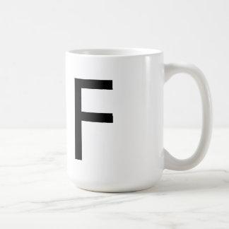 """Taza de la tipografía de Futura """"F"""""""