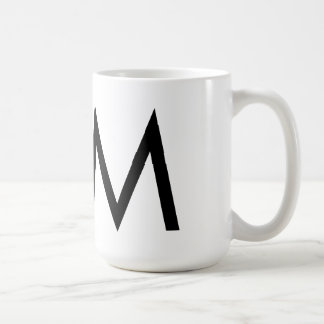 """Taza de la tipografía """"M"""" de Futura"""
