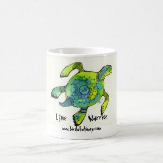 Taza de la tortuga de mar del guerrero de Lyme
